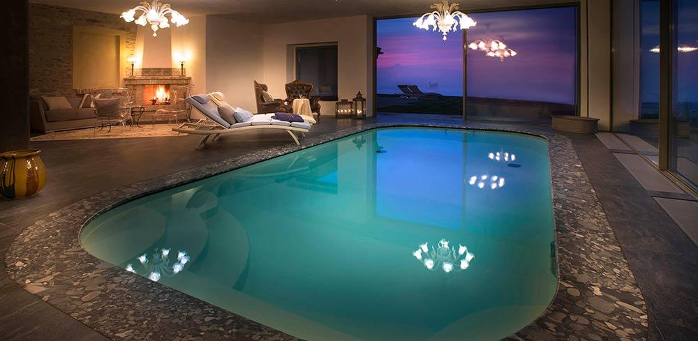 Agriturismo con piscina interna riscaldata relax e charme nelle langhe - Agriturismo con piscina riscaldata ...